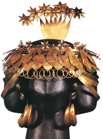 Dvanáctá planeta, obr. 18: 2600-2500 BCE, Queen Puabi's headdress, 2nd wife of Meskalamdug, gold, lapis lazuli, Royal Tombs of Ur | Esoteric symbolism: Both senses. Flows, re-birth in the afterlife...