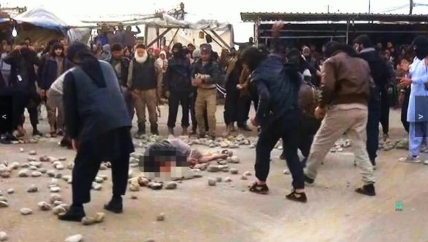 Islamist in Mosul stoning woman to death