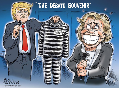 debate-hillary-trump-2-lock-her-up