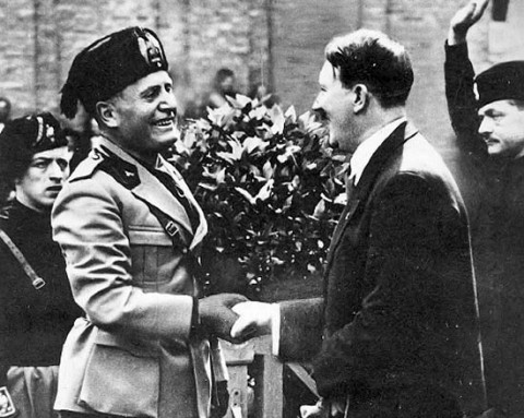 mussolini_greets_hitler