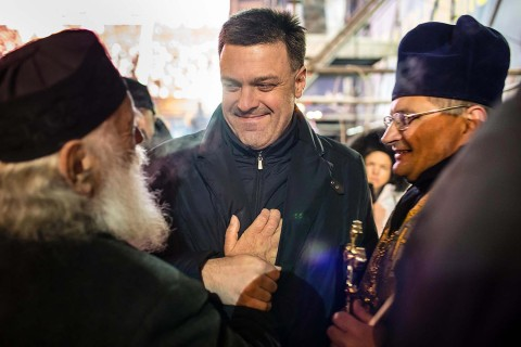 Ukraine Fascists Oleh Tiahnybok, leader of the Svoboda party, talks with Ukrainian Greek Catholic Church Archbishop Emeritus Lubomyr (Guzar) at anti-government protests on 2013-12-11 in Kiev.